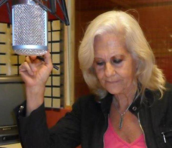"""Cristina Marty, conductora del programa de radio """"La Música y mi voz"""""""